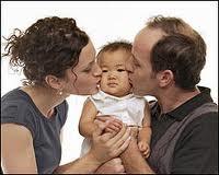 Adoptar o tener un hijo