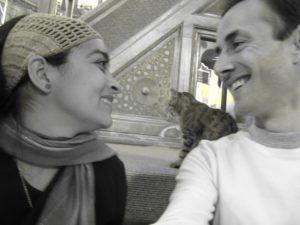 Posando con el Gato en Santa Sofía